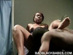Ebony Amateur Enjoys Pussy Licking